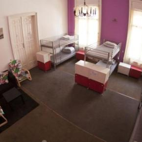Youth Hostels - Barocco Hostel