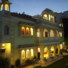 Youth Hostels - Krishna Palace