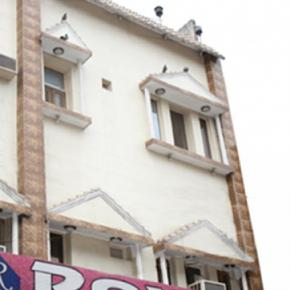 Youth Hostels - Hotel Roxy DX.