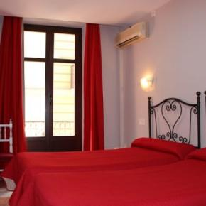 Youth Hostels - Hostal Sonia