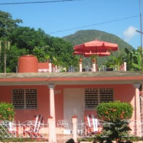 Youth Hostels - Casa Yolanda Tomas