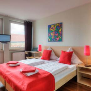 Youth Hostels - MEININGER Hotel Munich  City Center