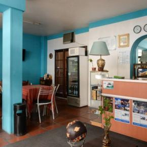Youth Hostels - Mediterranea Hostel