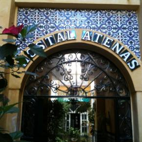 Youth Hostels - Hostal Atenas Sevilla