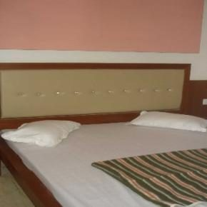 Youth Hostels - Hotel S.B.INN
