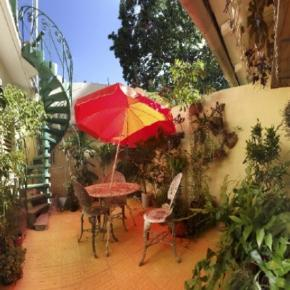 Youth Hostels - Casa Bernardo