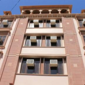 Youth Hostels - Hotel Ramsingh Palace
