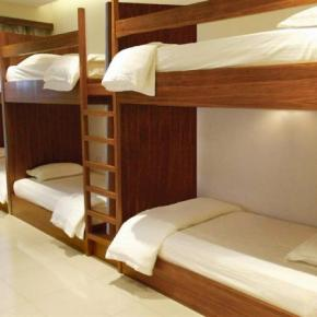 Youth Hostels - Sri Packers Hotel near to KLIA & KLIA2