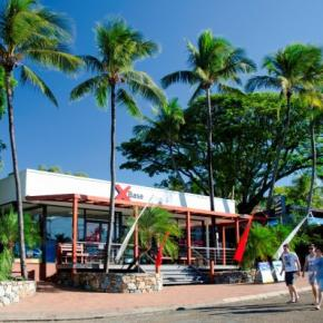 Хостелы - Base Airlie Beach Resort