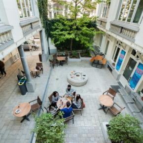 Youth Hostels - Jacques Brel Youth Hostel