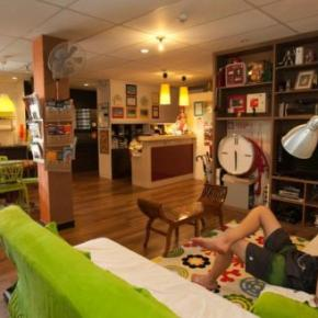 Youth Hostels - River City Inn