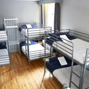 Youth Hostels - Pied-A-Terre Mont-Royal