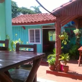 Youth Hostels - VILLA LAS FLORES