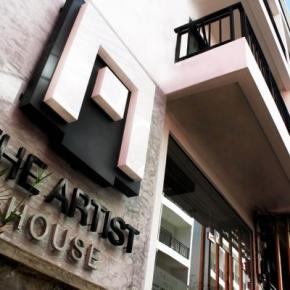 Youth Hostels - The Artist House Patong