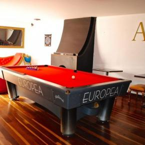 Youth Hostels - AK Hostel 82