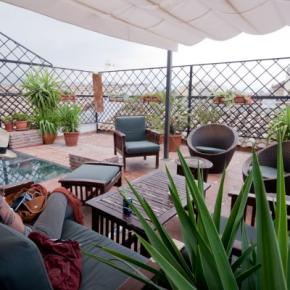 Хостелы - Oasis Backpackers' Hostel Granada