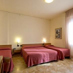 Youth Hostels - Careggi Hotel