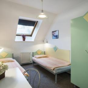 Youth Hostels - Marco Polo Top Hostel