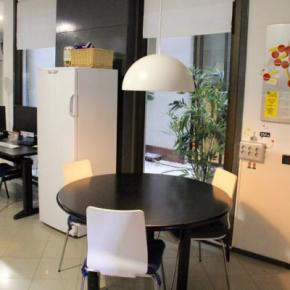 Youth Hostels - Alternative Creative Youth Hostel Barcelona