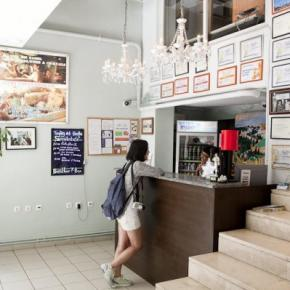Youth Hostels - Athens Backpackers