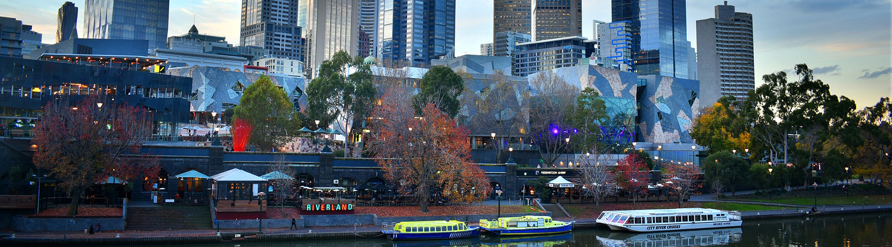 Melbourne – Hostels close to City Center. Maps of Melbourne, Photos and Reviews for each Hostel in Melbourne.