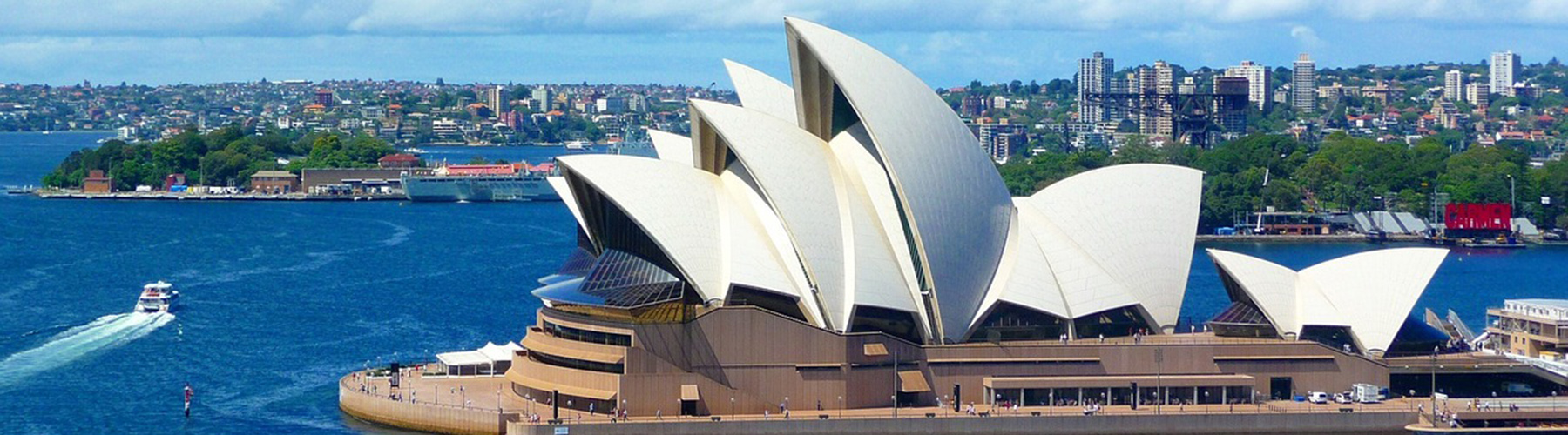 Sydney – Hostels close to Sydney Opera House. Maps for Sydney, Photos and Reviews for each hostel in Sydney.