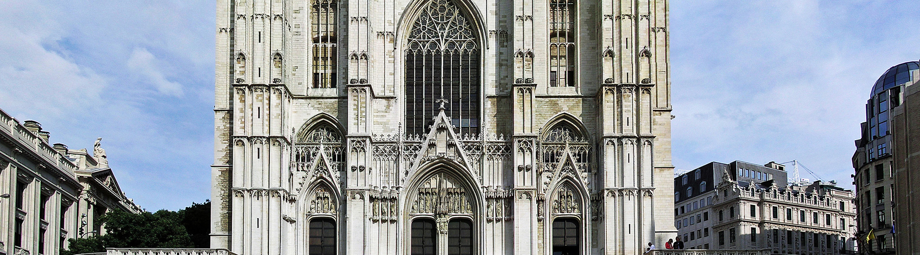 Brussels – Apartments close to St. Gudula Cathedral. Maps of Brussels, Photos and Reviews for each Apartment in Brussels.