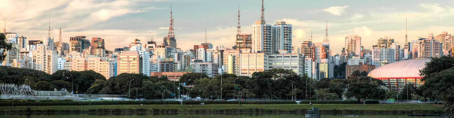Sao Paulo – Apartments in Sao Paulo. Maps of Sao Paulo, Photos and Reviews for each Apartment in Sao Paulo.