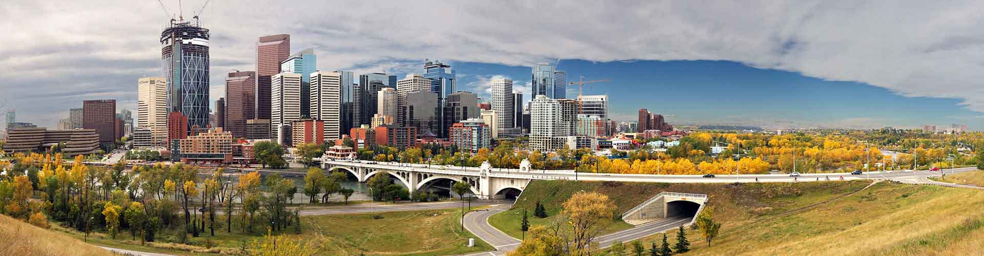 Calgary – Hostels in the East Village district. Maps for Calgary, Photos and Reviews for each hostel in Calgary.