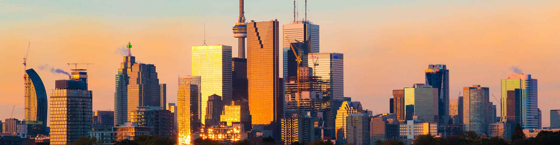 Toronto – Cheap Rooms in Downtown Toronto. Maps of Toronto, Photos and Reviews for each cheap room in Toronto.