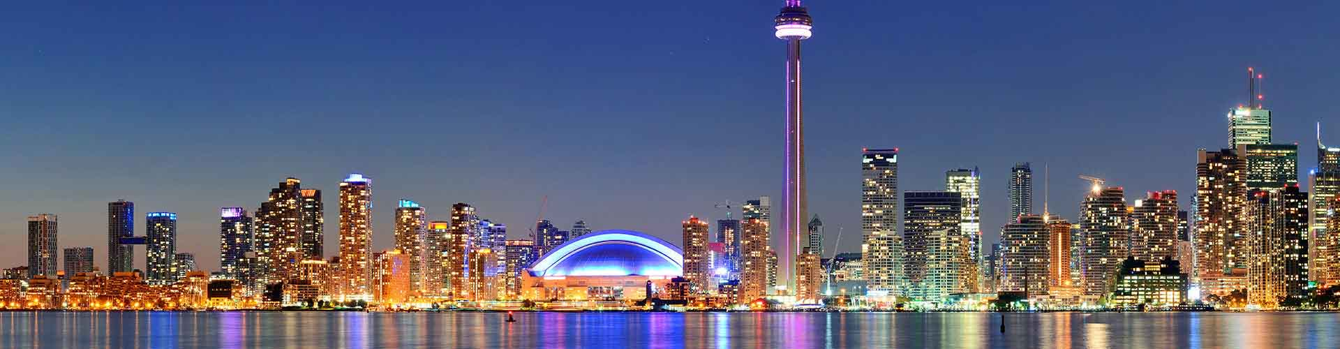 Toronto – Cheap Rooms in Entertainment District. Maps of Toronto, Photos and Reviews for each cheap room in Toronto.