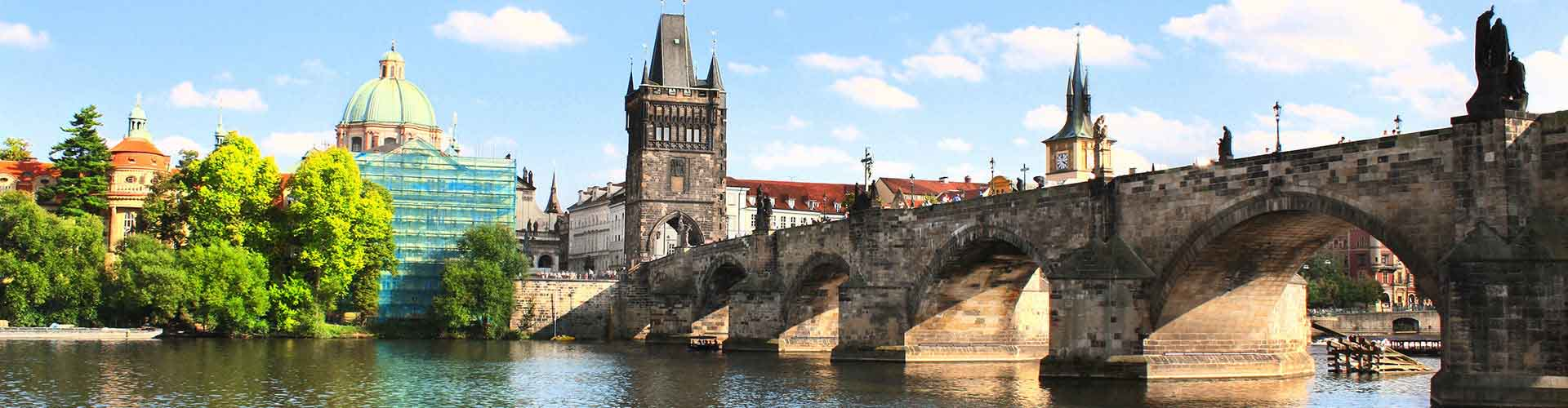 Prague – Camping close to Charles Bridge. Maps of Prague, Photos and Reviews for each camping in Prague.