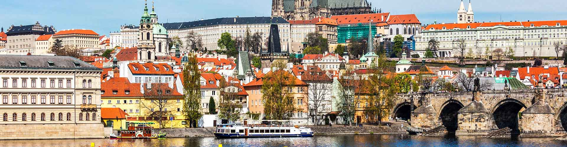Prague – Hostels close to St. Vitus Cathedral. Maps for Prague, Photos and Reviews for each hostel in Prague.