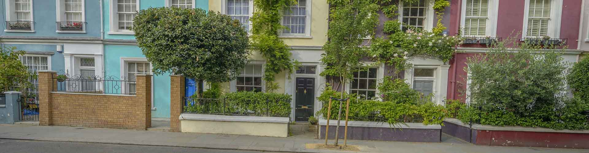 London – Hostels in the Notting Hill district. Maps for London, Photos and Reviews for each hostel in London.