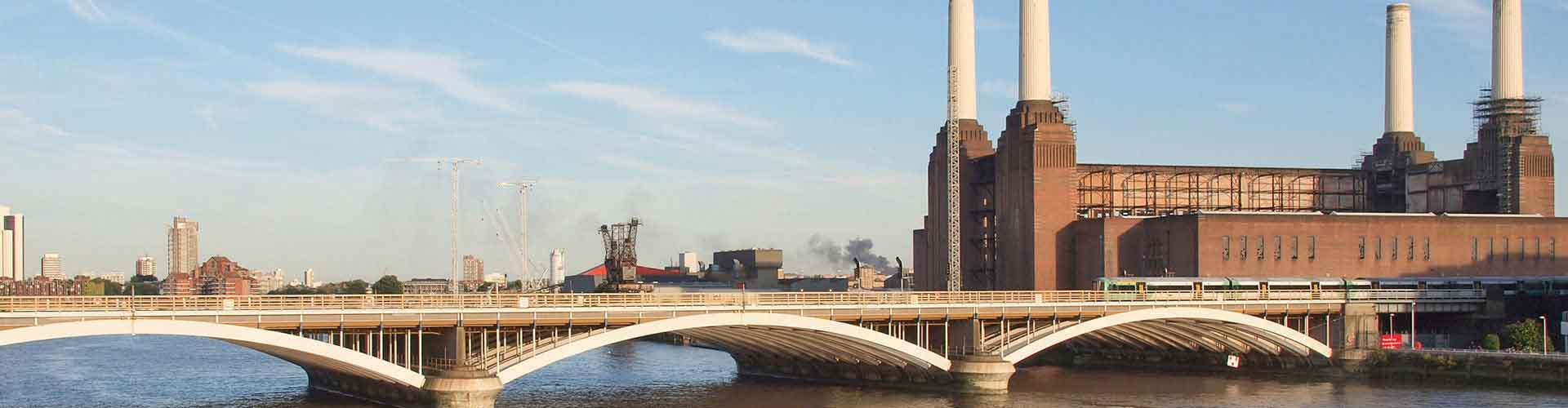 London – Hostels close to Battersea Power Station. Maps of London, Photos and Reviews for each Hostel in London.