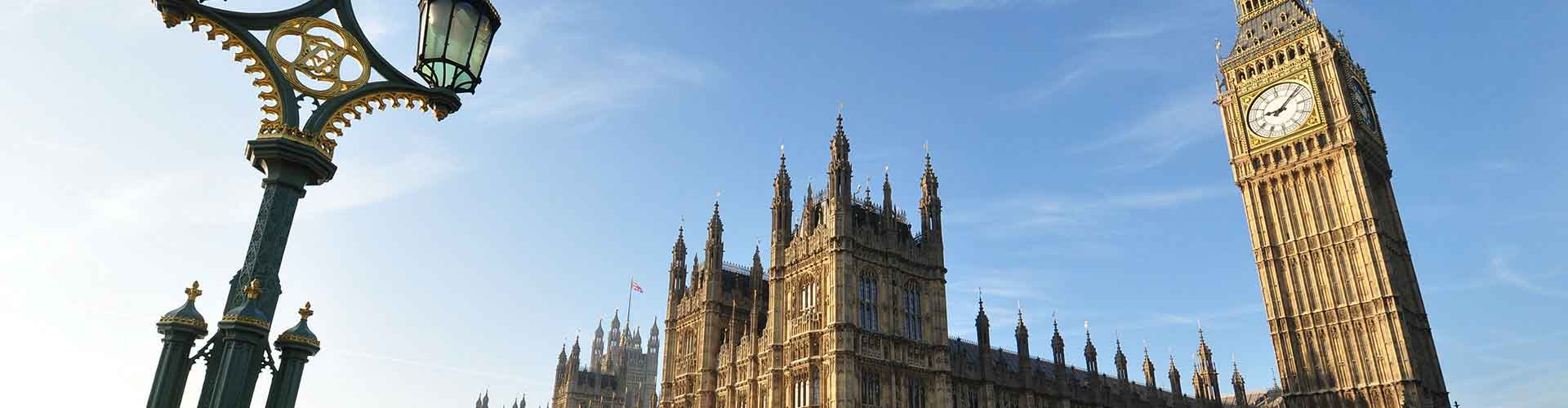 London – Hostels close to Big Ben. Maps for London, Photos and Reviews for each hostel in London.