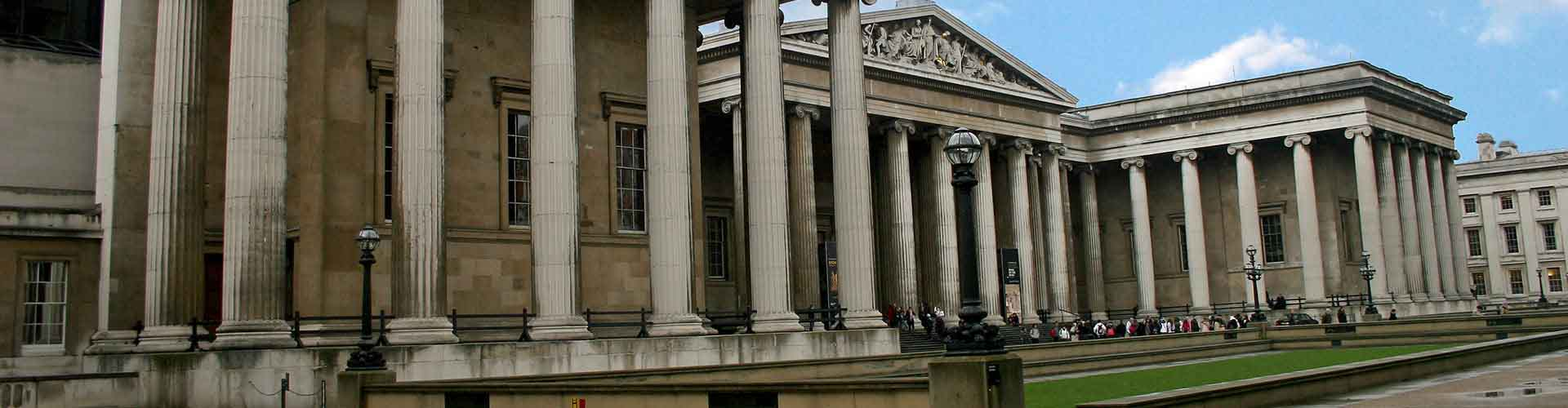 London – Hostels close to British Museum. Maps for London, Photos and Reviews for each hostel in London.