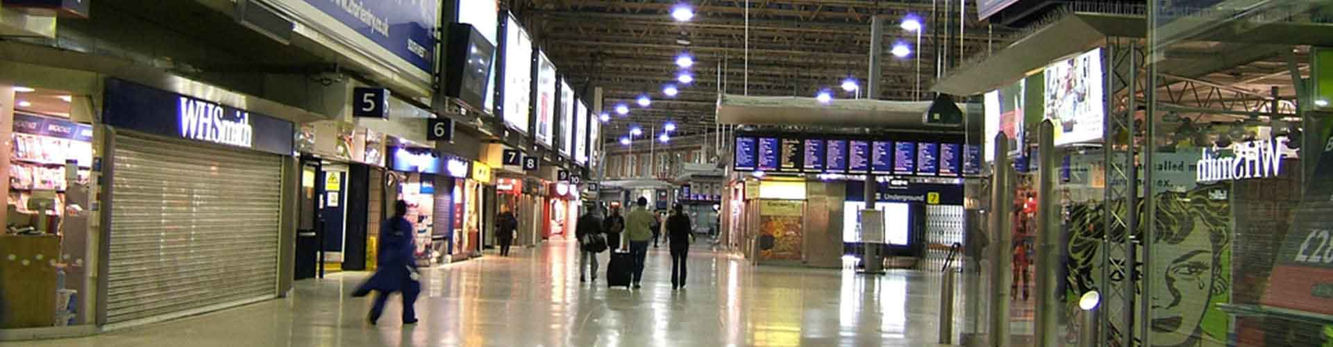 London – Hotels close to London Waterloo station. Maps of London, Photos and Reviews for each Hotel in London.