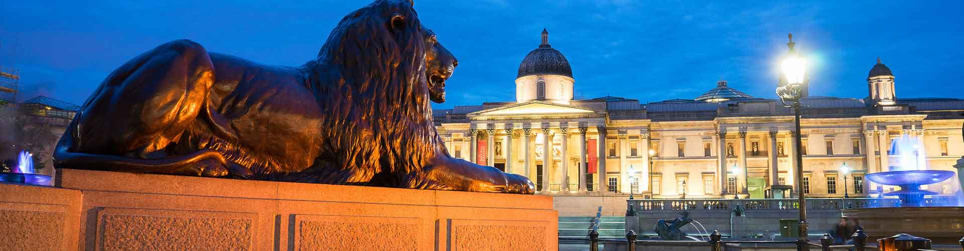 London – Hotels close to Trafalgar Square. Maps of London, Photos and Reviews for each Hotel in London.