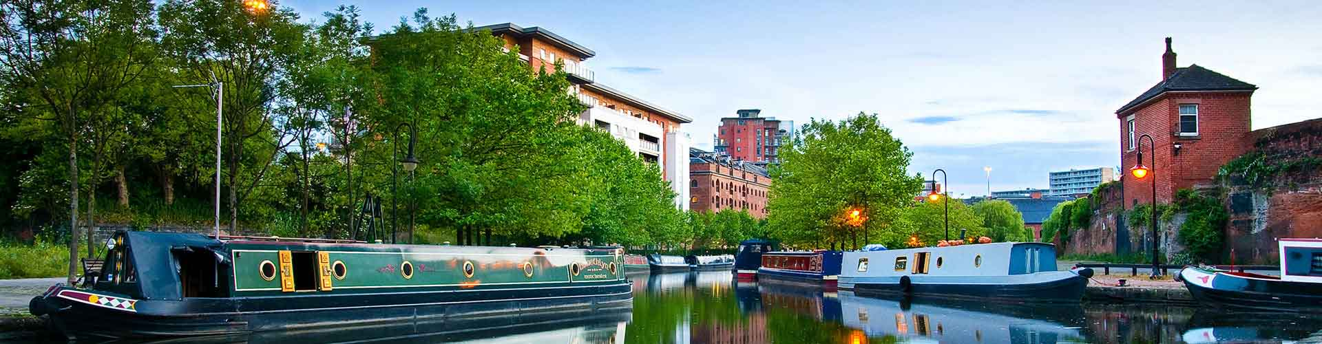 Manchester – Camping in West Central Manchester. Maps of Manchester, Photos and Reviews for each camping in Manchester.