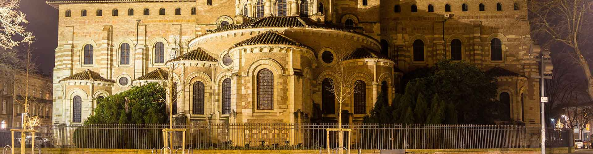 Toulouse – Hostels in Saint Sernin. Maps of Toulouse, Photos and Reviews for each Hostel in Toulouse.