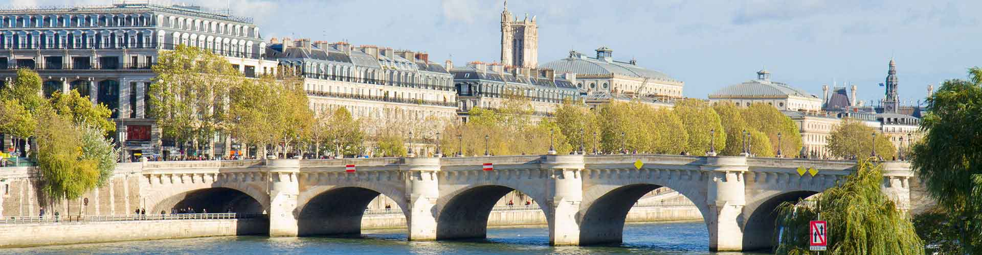 Paris – Camping close to Pont Neuf. Maps of Paris, Photos and Reviews for each camping in Paris.