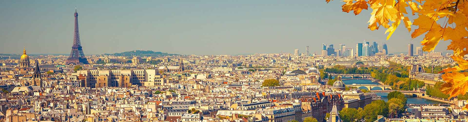 Paris – Hostels in the Bas-de-Montmartre district. Maps for Paris, Photos and Reviews for each hostel in Paris.