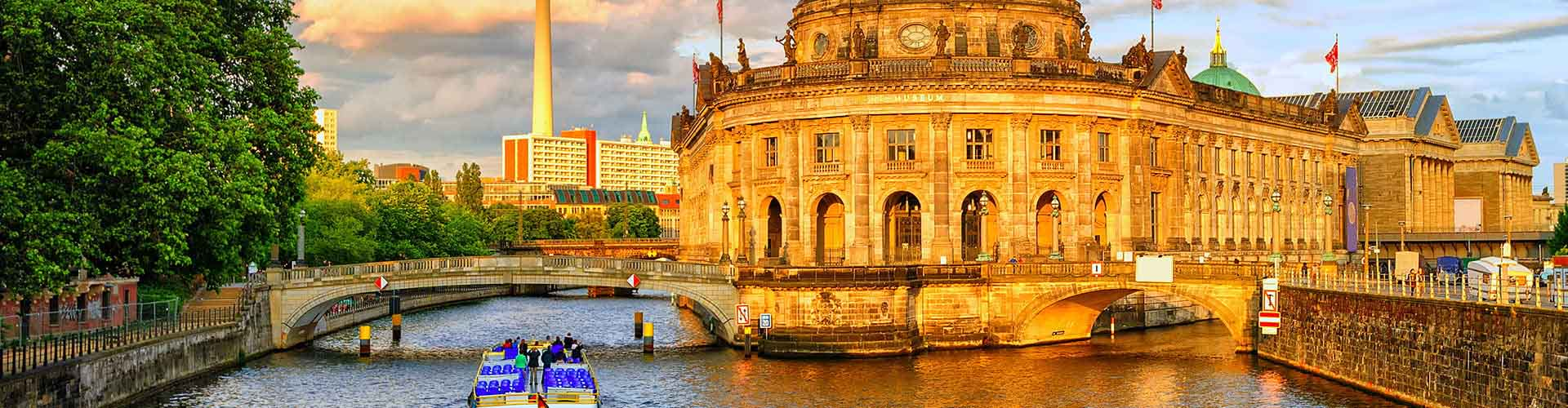 Berlin – Hostels in Moabit. Maps of Berlin, Photos and Reviews for each Hostel in Berlin.