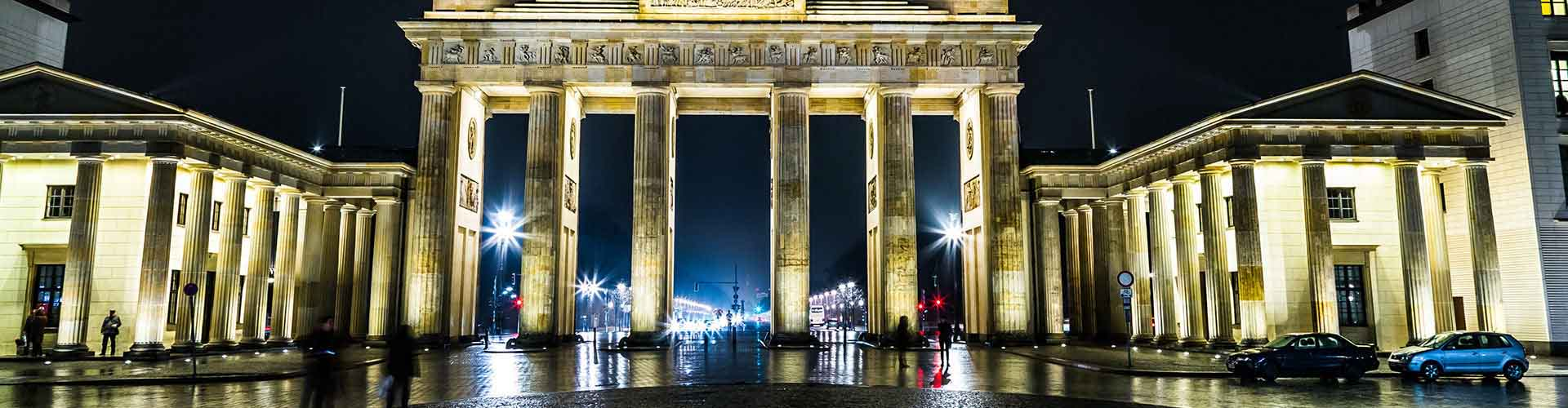 Berlin – Hostels close to Brandenburg Gate. Maps of Berlin, Photos and Reviews for each Hostel in Berlin.