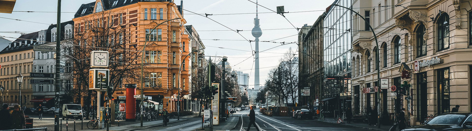 Berlin – Hostels close to City Center. Maps for Berlin, Photos and Reviews for each hostel in Berlin.