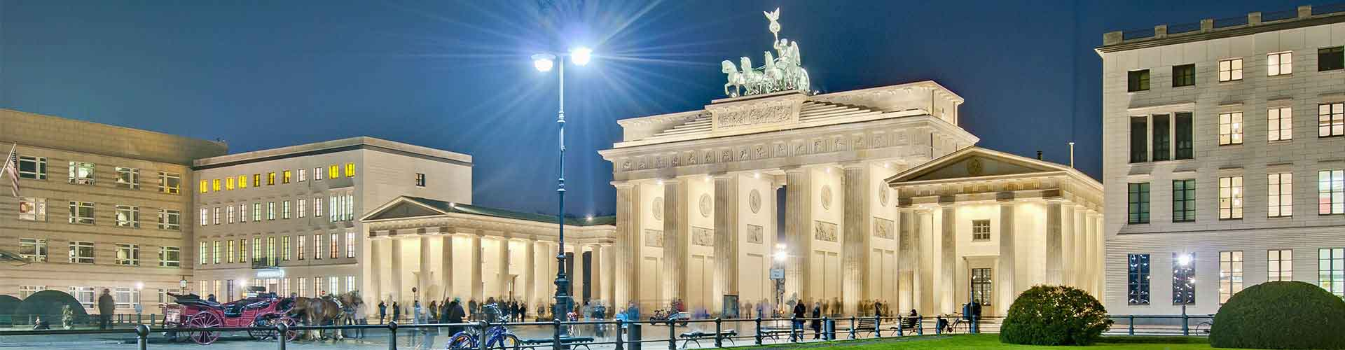 Berlin – Apartments close to Pariser Platz. Maps of Berlin, Photos and Reviews for each Apartment in Berlin.