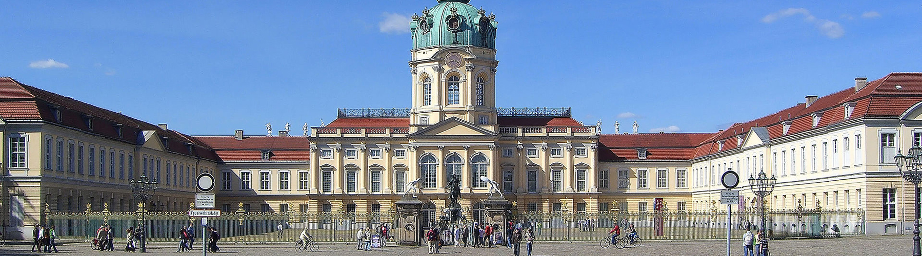Berlin – Hostels close to Schloss Charlottenburg. Maps for Berlin, Photos and Reviews for each hostel in Berlin.