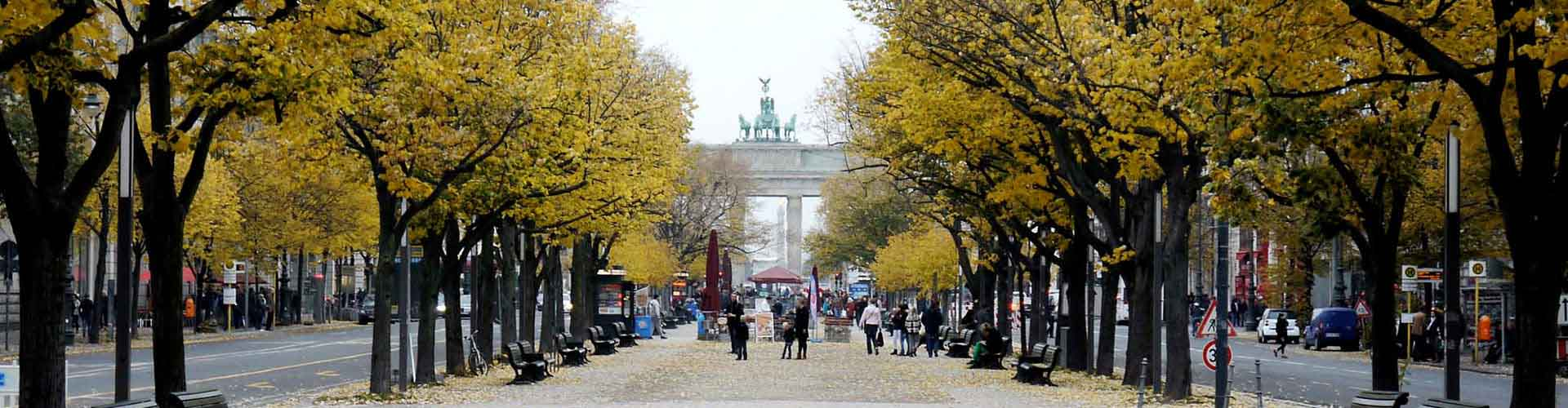 Berlin – Hostels close to Unter den Linden. Maps for Berlin, Photos and Reviews for each hostel in Berlin.