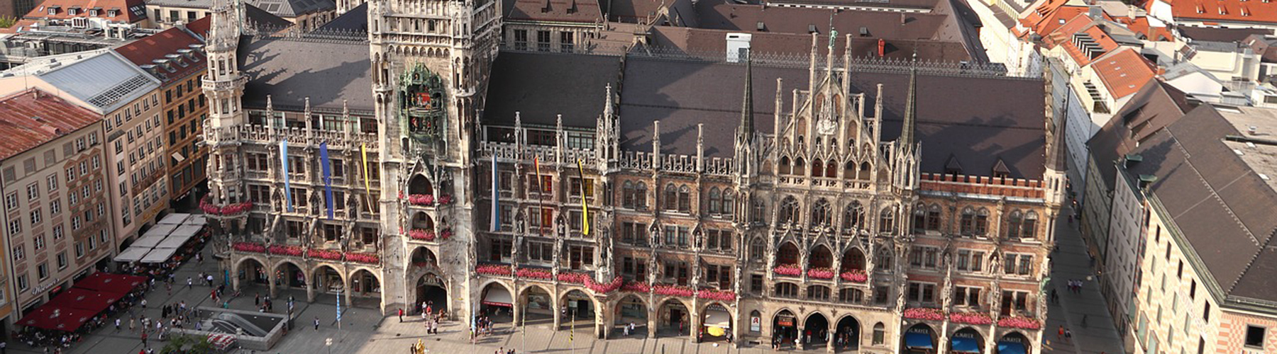 Munich – Hostels close to Marienplatz with Mariensäule. Maps for Munich, Photos and Reviews for each hostel in Munich.